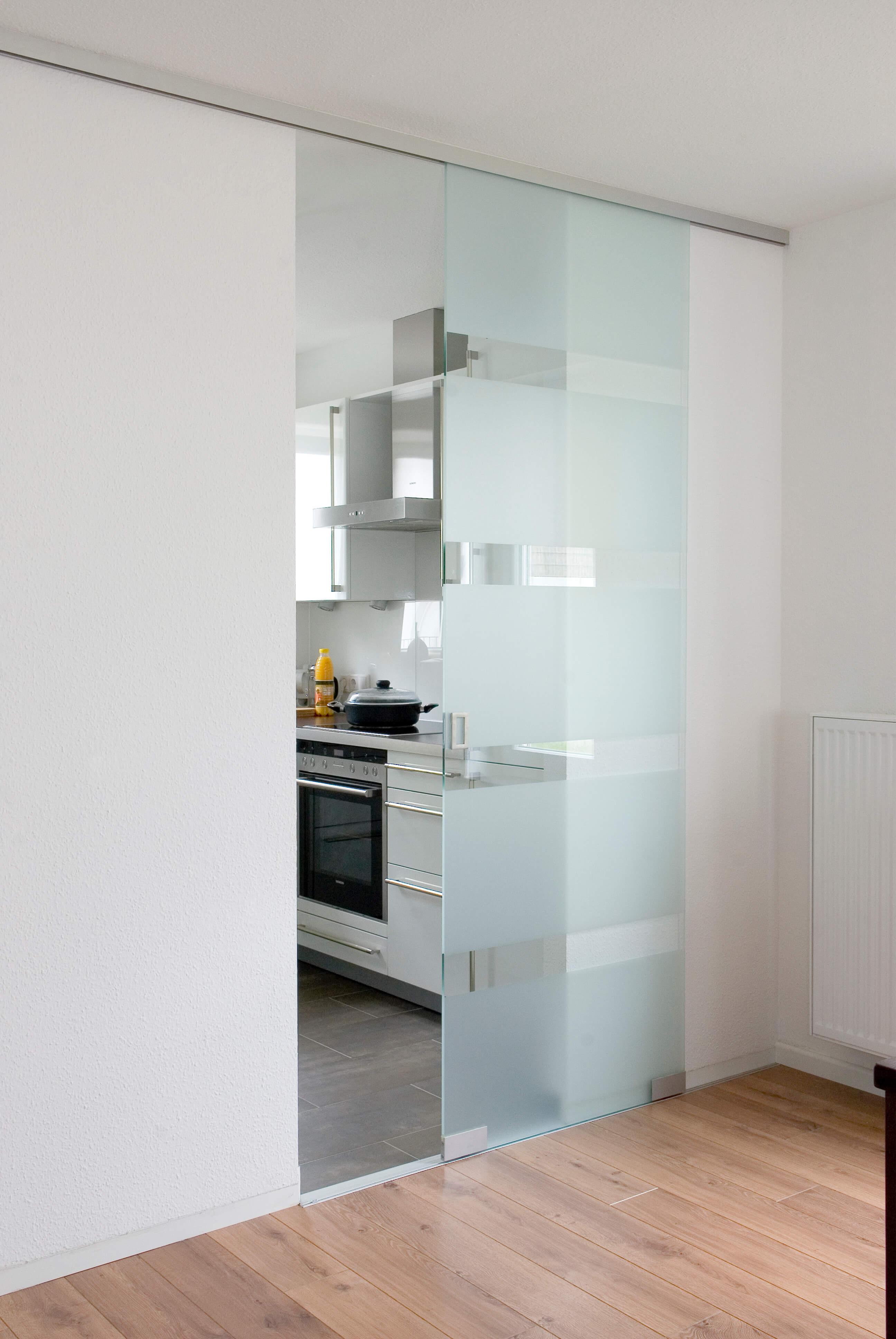 gleitt ren schreinerei roth und schwarz. Black Bedroom Furniture Sets. Home Design Ideas